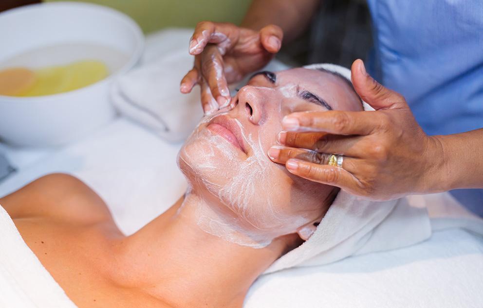Tratamiento de Peeling Facial en Zaragoza